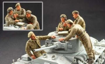 British Valentine tank crew 4 resin fig. · HF 709 ·  Hobby Fan · 1:35