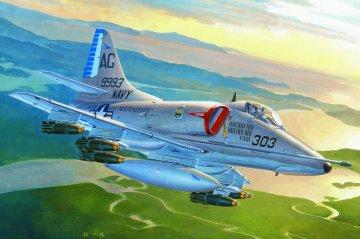 A-4E Sky Hawk · HBO 87254 ·  HobbyBoss · 1:72