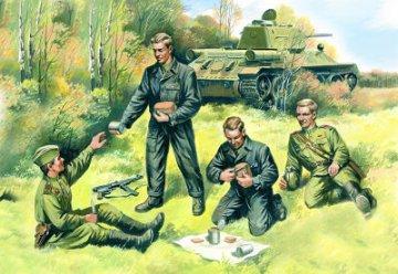 Soviet Tank Crew, 1943-1945 · ICM 35351 ·  ICM · 1:35