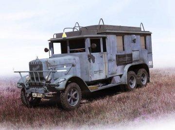 Henschel 33 D1, KFZ 72 WWII German Radio Com. Truck · ICM 35467 ·  ICM · 1:35