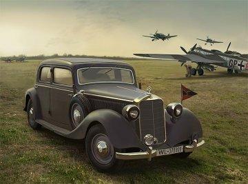 Typ 320 (W142) Saloon, WWII Staff car · ICM 35537 ·  ICM · 1:35