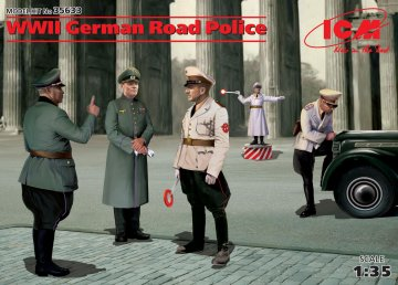 WWII German Road Police · ICM 35633 ·  ICM · 1:35