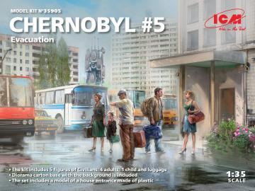 Chernobyl#5 - Extraction (4 adults, 1 child and luggage) · ICM 35905 ·  ICM · 1:35