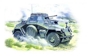Sd.Kfz.222 German Light Armored Vehicle · ICM 48191 ·  ICM · 1:48