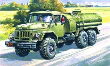 ZiL-131 Petrol Bowser · ICM 72813 ·  ICM · 1:72