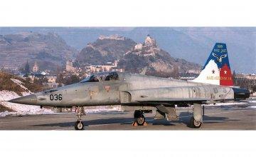 F-5E Swiss Air Force · IT 1420 ·  Italeri · 1:72
