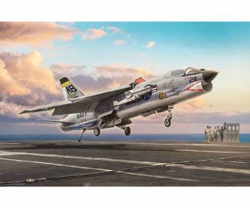 F-8E Crusader · IT 1456 ·  Italeri · 1:72