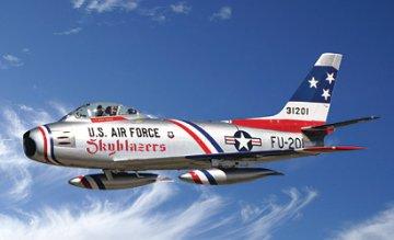 F-86F Sabre Jet Skyblazers · IT 2684 ·  Italeri · 1:48