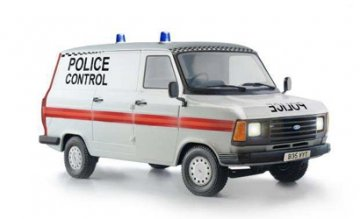 Ford Transit UK Police · IT 3657 ·  Italeri · 1:24