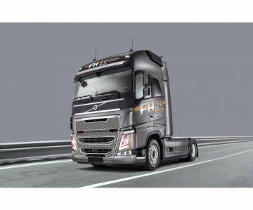 Volvo FH4 Globetrotter XL · IT 3940 ·  Italeri · 1:24