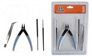 IT Werkzeug-Set Beginner Plastik-Model. · IT 50830 ·  Italeri