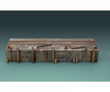 Long Dock · IT 5612 ·  Italeri · 1:35