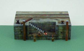 Dock mit Treppe · IT 5615 ·  Italeri · 1:35