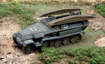 Sd. Kfz. 251/ Pionierpanzerwagen · IT 7062 ·  Italeri · 1:72
