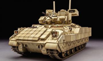 M3A3 Bradley · KIN K61014 ·  Kinetic Model Kits · 1:35