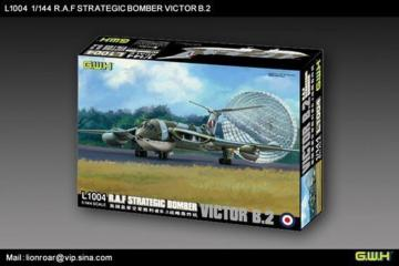 R.A.F. Strategic Bomber VICTOR B2 · LIO L1004 ·  Lion Roar · 1:144