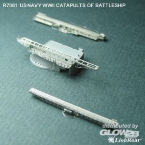 WWII US Navy Catapults for Battleship · LIO R7061 ·  Lion Roar · 1:700