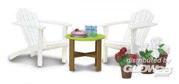 Smaland: Gartenmöbel-Set mit zwei Sesseln, Tisch und Accessoires · LUN 60304400 ·  Lundby · 1:18