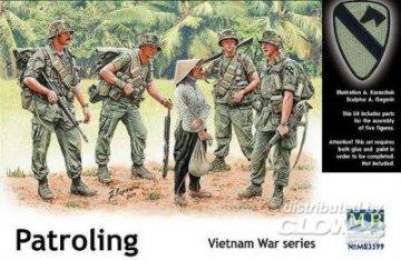 Patroling, Vietnam · MBO 3599 ·  Master Box Plastic Kits · 1:35