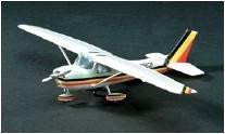 Cessna 150 · MIN 11608 ·  Minicraft Model Kits · 1:48