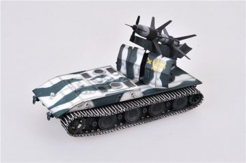 German WWII E-100 panzer weapon carrier w.Rheintochter 1 Missile launcher,1946 · MOD AS72079 ·  Modelcollect · 1:72