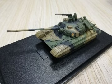 Soviet Army T-64A Main Battle Tank,1980s · MOD AS72098 ·  Modelcollect · 1:72