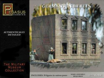 Germans in Berlin 1945 · PGH 7228 ·  Pegasus Hobbies · 1:72