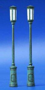 Straßenlampen - Set 1 · PM 35052 ·  plusmodel · 1:35