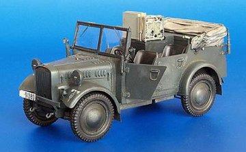 Kfz. 2 Stoewer Funkwagen · PM 35205 ·  plusmodel · 1:35