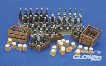 Bierkisten, -flaschen und -Gläser · PM 35220 ·  plusmodel · 1:35
