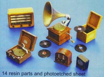 Gramophone und Radios · PM 35266 ·  plusmodel · 1:35