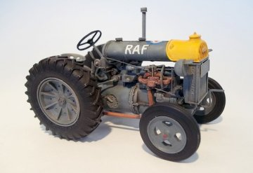 Fordson N-big · PM 448 ·  plusmodel · 1:35