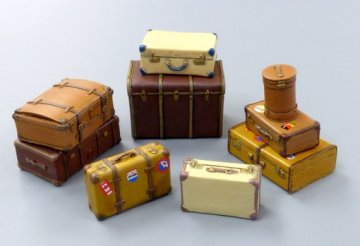 Old suitcases · PM 489 ·  plusmodel · 1:35