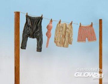 Kleidung · PM EL018 ·  plusmodel · 1:35