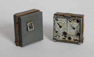 Dt. Funksstation Typ Torn.Fu. WWII · PM EL021 ·  plusmodel · 1:35
