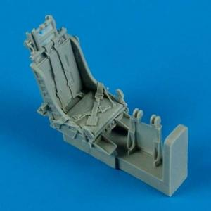 F-84G - Ejection - Seats with safety belts [Tamiya] · QB 48493 ·  Quickboost · 1:48