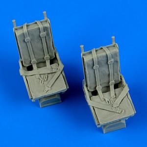 B-25 Mitchell - Seats with safety belts · QB 48681 ·  Quickboost · 1:48