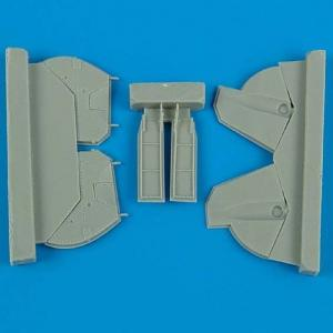 P-47 Thunderbolt - Undercarriage covers [Hasegawa] · QB 72103 ·  Quickboost · 1:72