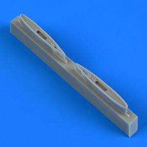 L-29 Delfin - Pylons [AMK] · QB 72536 ·  Quickboost · 1:72