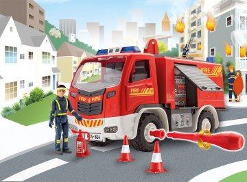 Feuerwehr mit Figur · RE 00819 ·  Revell · 1:20