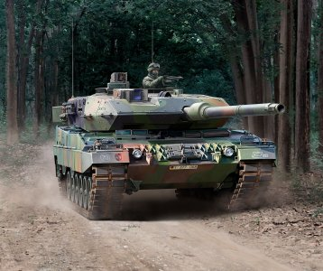 Leopard 2A6/A6NL · RE 03281 ·  Revell · 1:35