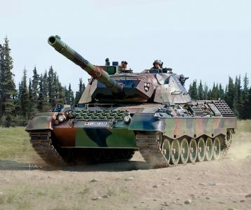 Leopard 1A5 · RE 03320 ·  Revell · 1:35