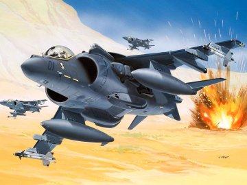AV-8 Harrier II plus · RE 04038 ·  Revell · 1:144