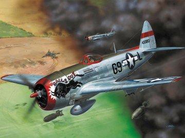 P-47 D-30 Thunderbolt · RE 04155 ·  Revell · 1:72