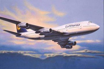 Boeing 747-400 Lufthansa · RE 04219 ·  Revell · 1:144