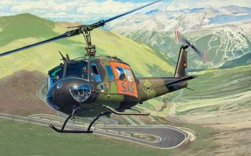 Bell UH-1D SAR · RE 04444 ·  Revell · 1:72