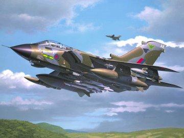 Tornado GR. Mk. 1 RAF · RE 04619 ·  Revell · 1:72