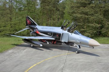 F-4F Phantom JG71, 50th Anniversary · RE 04685 ·  Revell · 1:72