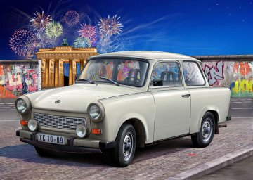 Trabant 601 Limousine · RE 07256 ·  Revell · 1:24