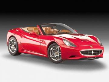 Ferrari California (open top) · RE 07276 ·  Revell · 1:24